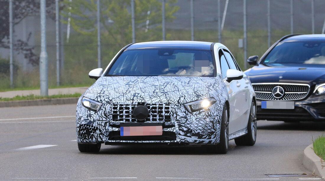 Erlkönig Mercedes-AMG A45/A50