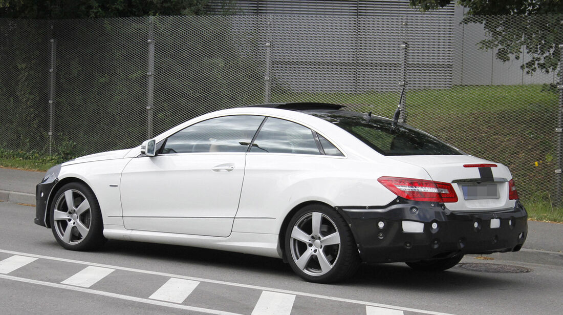 Erlkönig Mercedes E-Klasse Coupé