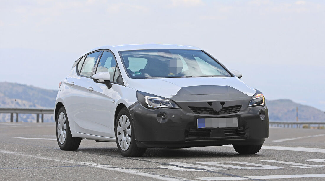 Erlkönig Opel Astra