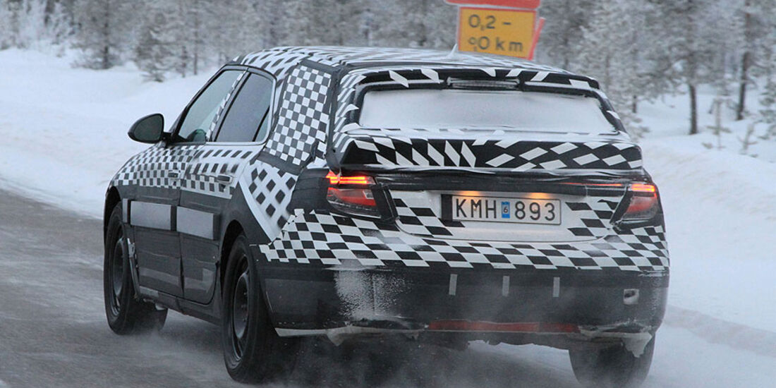Erlkönig Saab 9-5 Sportcombi