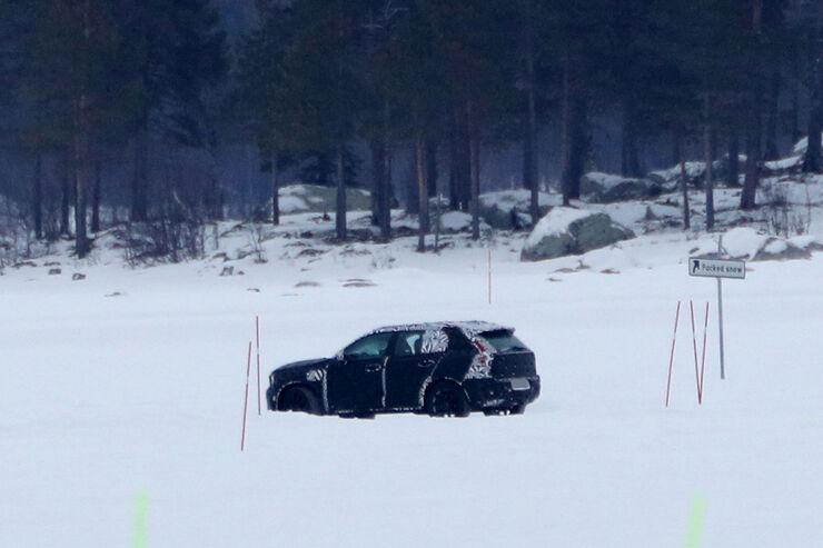 Erlkoenig-Volvo-XC40-fotoshowBig-b9a88d4b-1005581