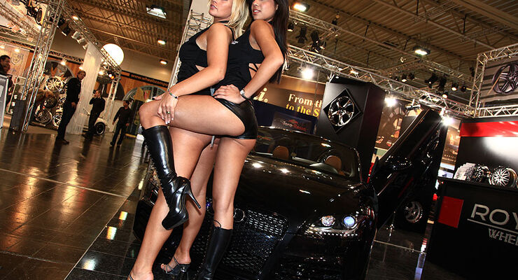 Essen Motor Show 2009 - Messegirls