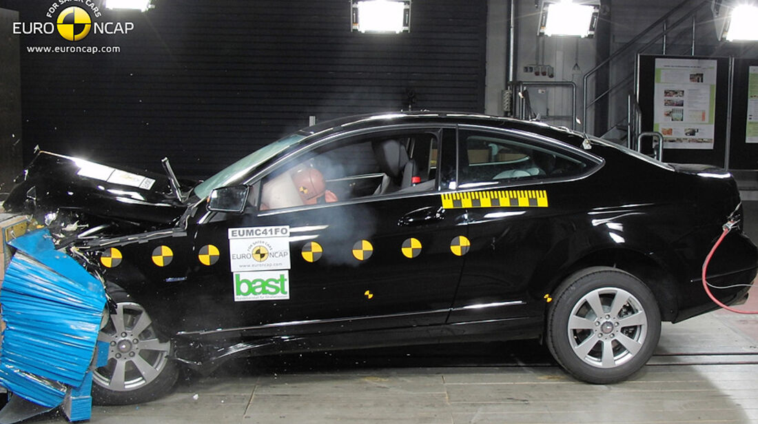 EuroNCAP-Crashtest Mercedes C-Klasse Coupé