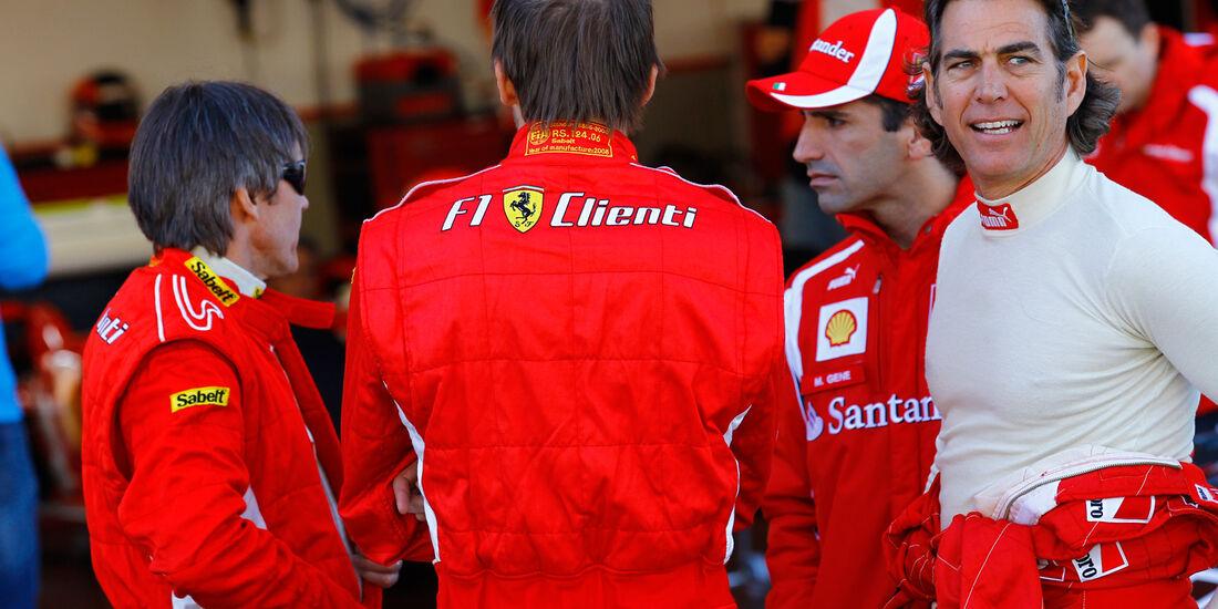F1 Clienti, Gespräch, Boxengasse
