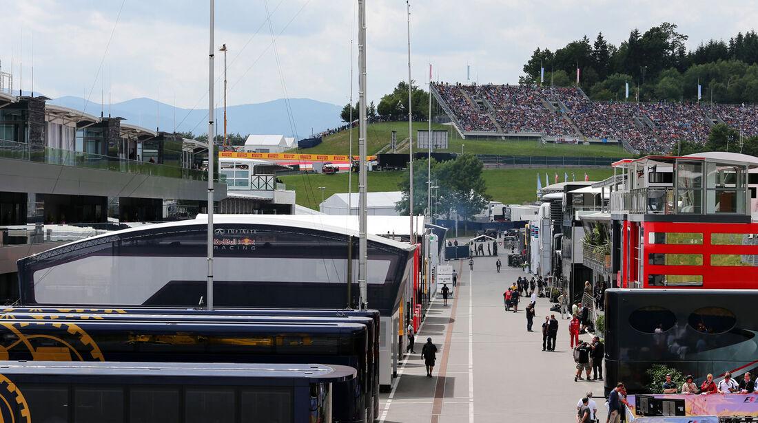 Fahrerlager - Formel 1 - GP Österreich - Spielberg - 21. Juni 2014
