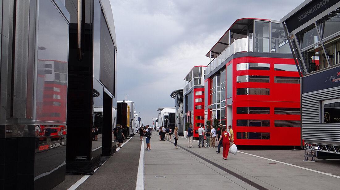 Fahrerlager - Formel 1 - GP Ungarn - 25. Juli 2013