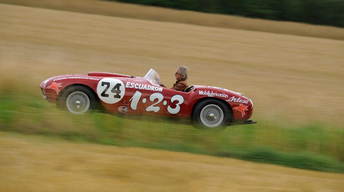 Ferrari 375 MM Spider, Seitenansicht, Ausfahrt