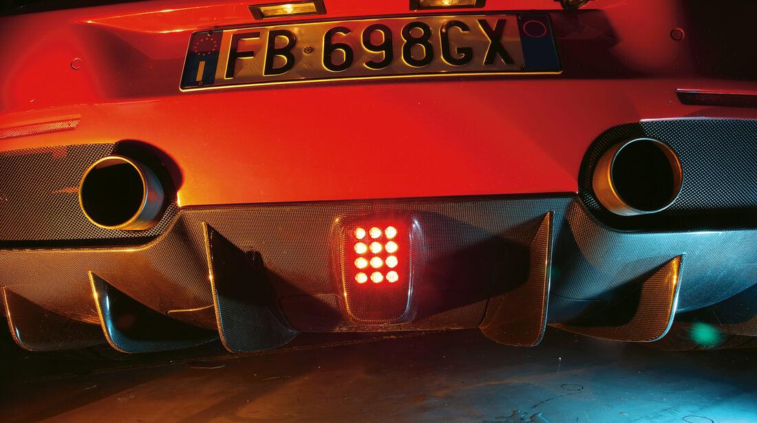 Ferrari 488 GTB, Endrohre