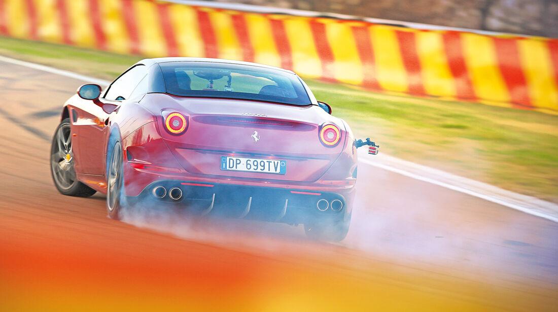 Ferrari California T, Heckansicht, Driften