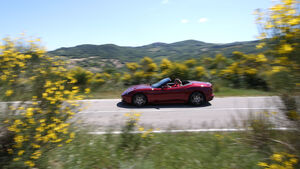 Ferrari California T, Seitenansicht