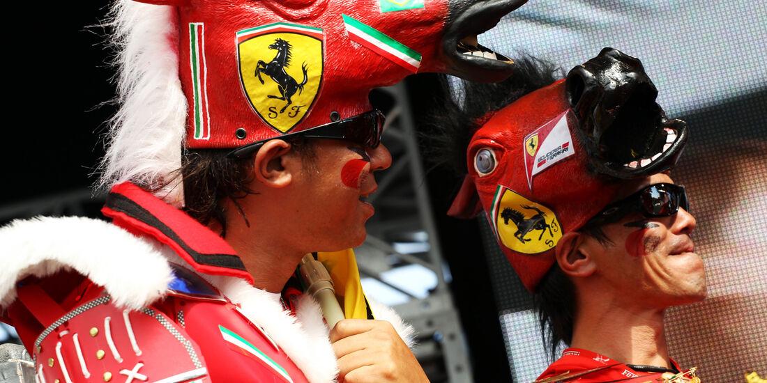 Ferrari-Fans - Formel 1 - GP Japan - Suzuka - 6. Oktober 2012
