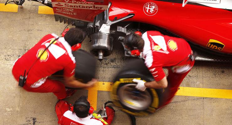 FIA macht Druck: Reifen-Kontrolle während der Fahrt - auto motor und ...