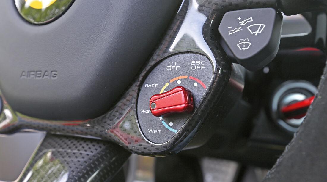 Ferrari LaFerrari, Bedienelemente