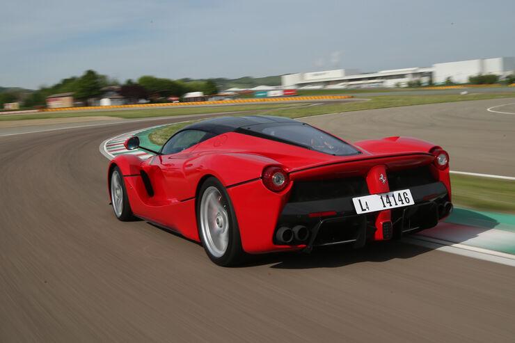 Ferrari LaFerrari im Fahrbericht: Hybrid-Supersportler mit einer Überdosis Faszination