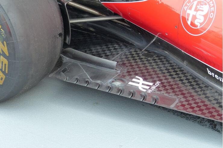 Ferrari - Technik - Unterboden-Schlitze - Formel 1 - 2015