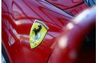 Ferrari Testarossa, Ferrari-Emblem