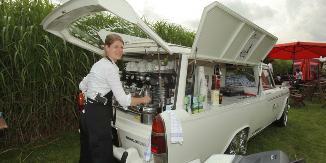 Fiat 2300 B, Espresso-Bar