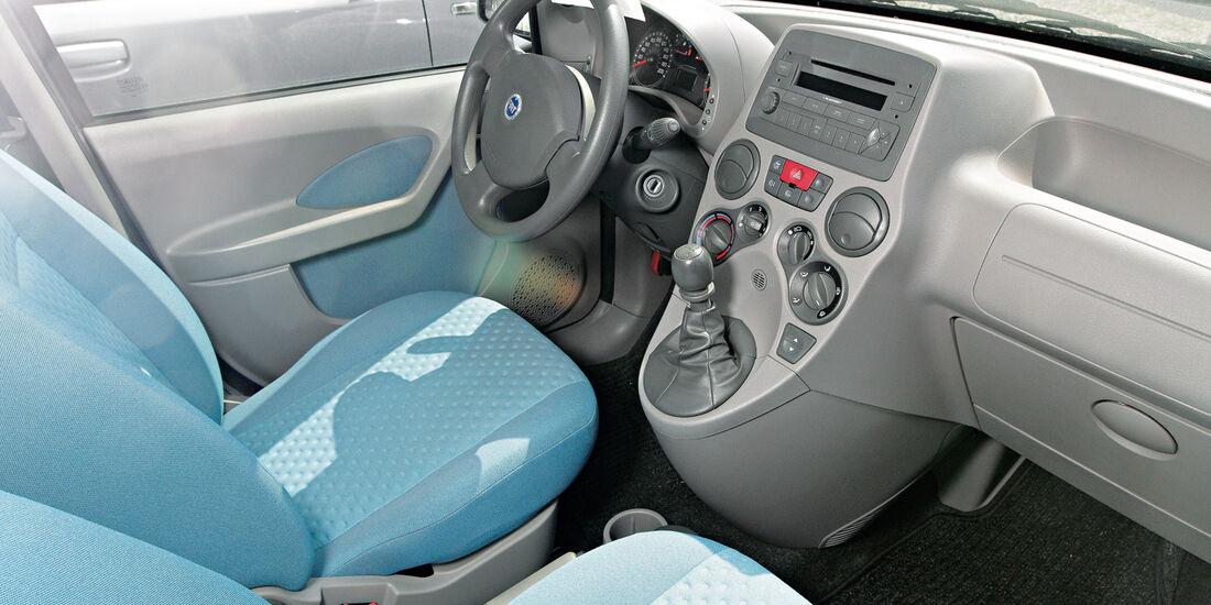 Fiat Panda 1.2, Cockpit, Sitze