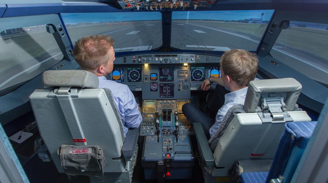 Flugsimulator, René Olma