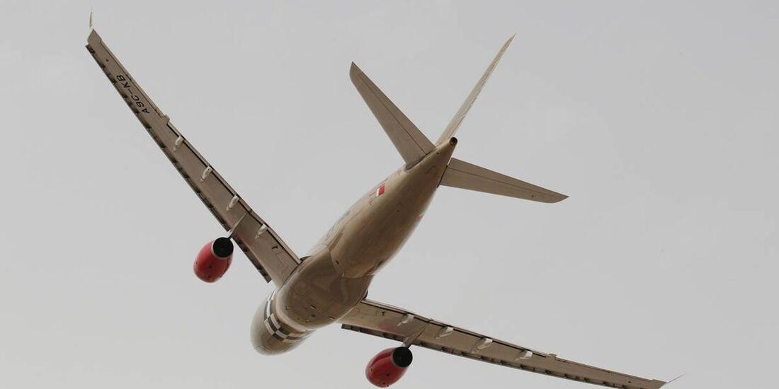 Flugzeug  - Formel 1 - GP Bahrain - 22. April 2012