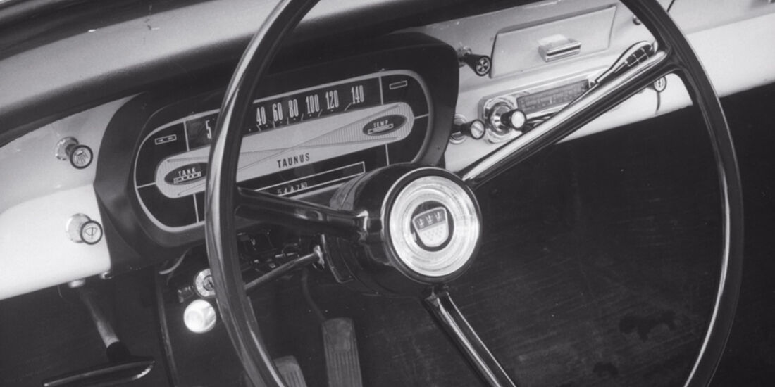 Ford 12 M, Lenkrad