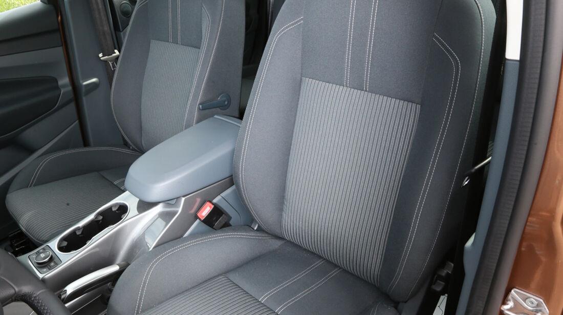 Ford C-MAX 1.0 Ecoboost, Fahrersitz