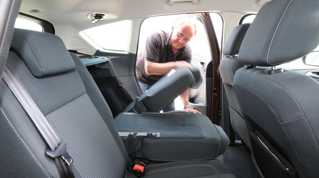 Ford C-MAX 1.0 Ecoboost, Rücksitz, Umklappen
