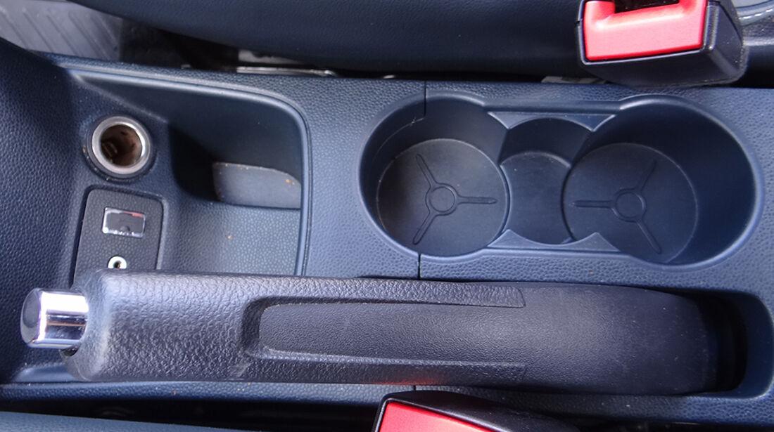 Ford Fiesta 1.4 im Innenraum-Check, Ablagen