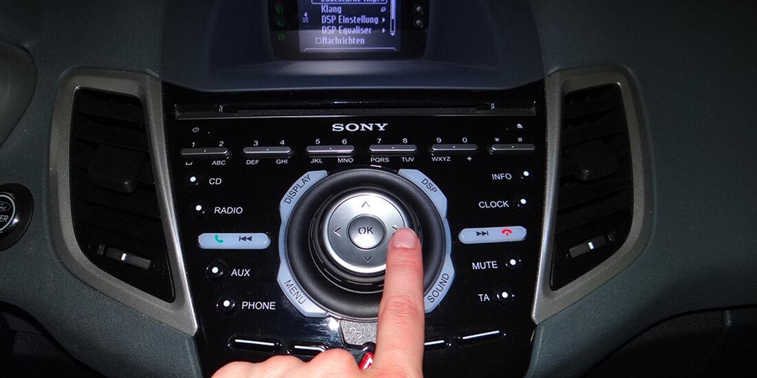 Ford Fiesta 1.4 im Innenraum-Check, Bedienung