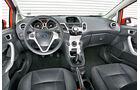 Ford Fiesta 1.6 TDCi Titanium, Cockpit