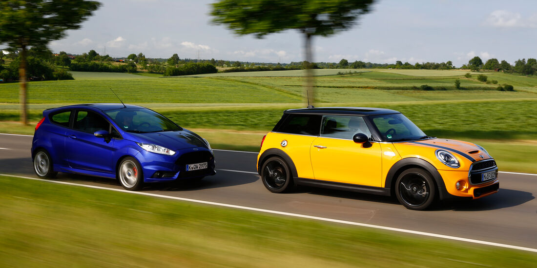 Mini Cooper S Vs Ford Fiesta St Perfektion Gegen Sportlichen