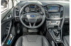 Ford Focus, Cockpit