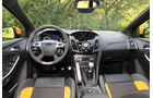 Ford Focus ST, Cockpit