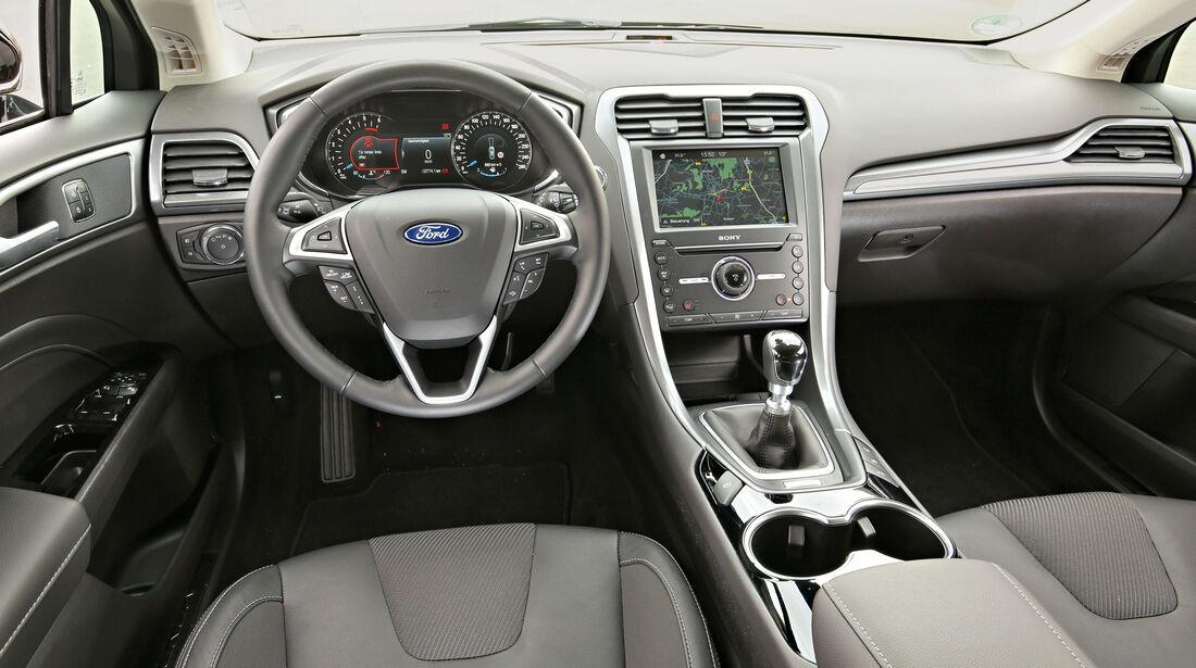 Ford Mondeo Turnier 2.0 TDCi, Cockpit