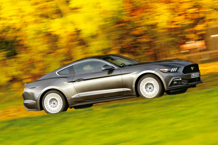 Ford Mustang 2.3 Ecoboost Fastback, Seitenansicht