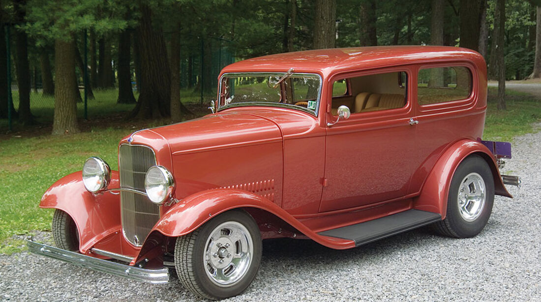 Ford Tudor Custom Sedan