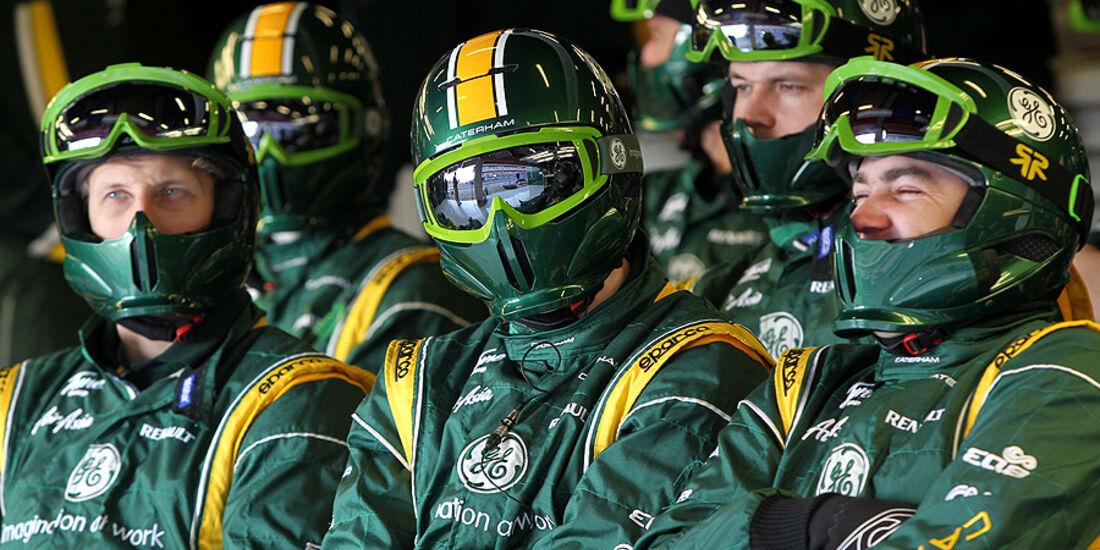 Formel 1-Test, Barcelona, 01.03.2012, Mechaniker, Caterham