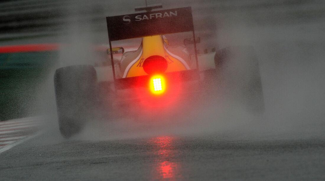Giedo van der Garde Caterham F1 Test Barcelona 2013