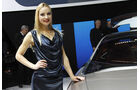 Girls Autosalon Genf 2049