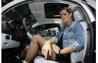 Girls Autosalon Paris 2069