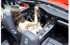 Girls Detroit Motor Show 2012