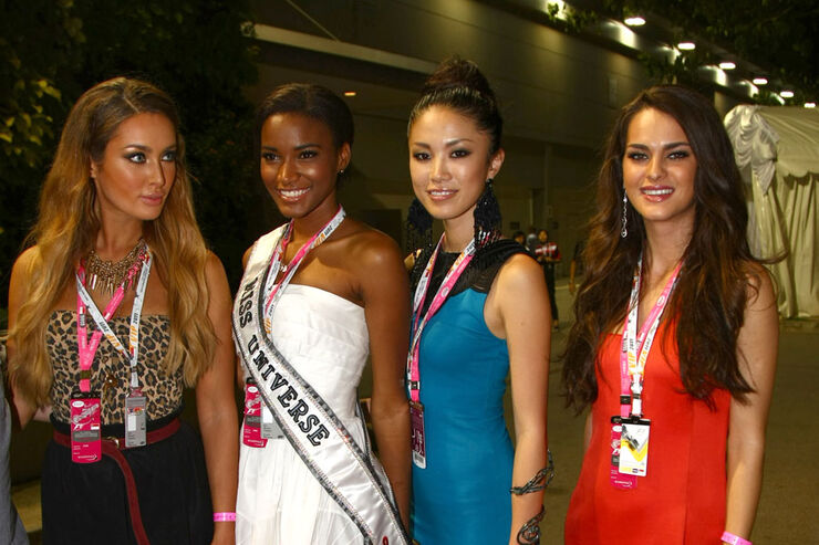 Girls - GP Singapur 2011