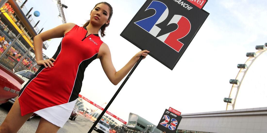 Girls - GP Singapur 2013