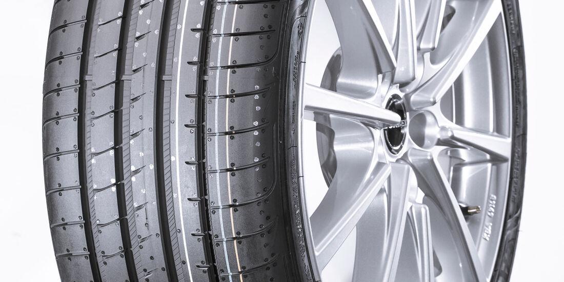 Goodyear Eagle F1 Asym. 3, Sommerreifen-Test 2016, Reifengröße 235/40 R18 Y, Ford Focus ST, Test