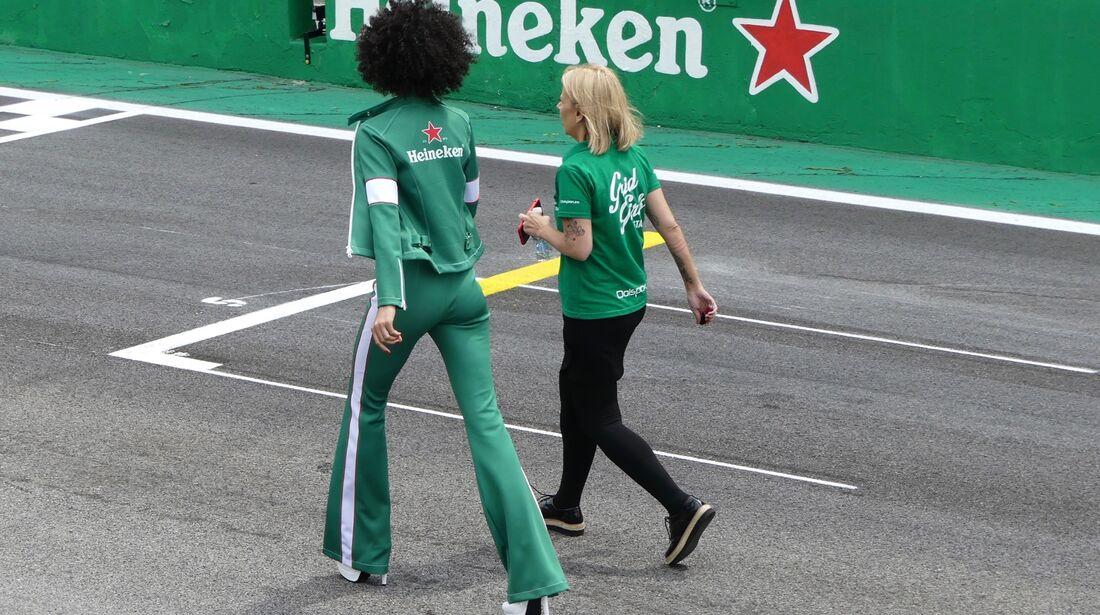 Grid Girl - Formel 1 - GP Brasilien - 8. November 2017