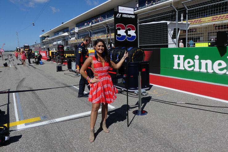 https://imgr3.auto-motor-und-sport.de/Grid-Girls-GP-USA-2017-Austin--fotoshowBig-6e048c7f-1126523.jpg