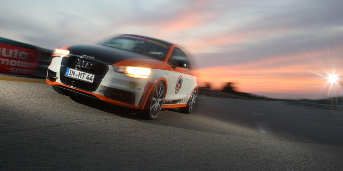 Highspeed-Test, Nardo, ams1511, 391km/h, MTM Audi A1, Frontansicht, Steilkurve