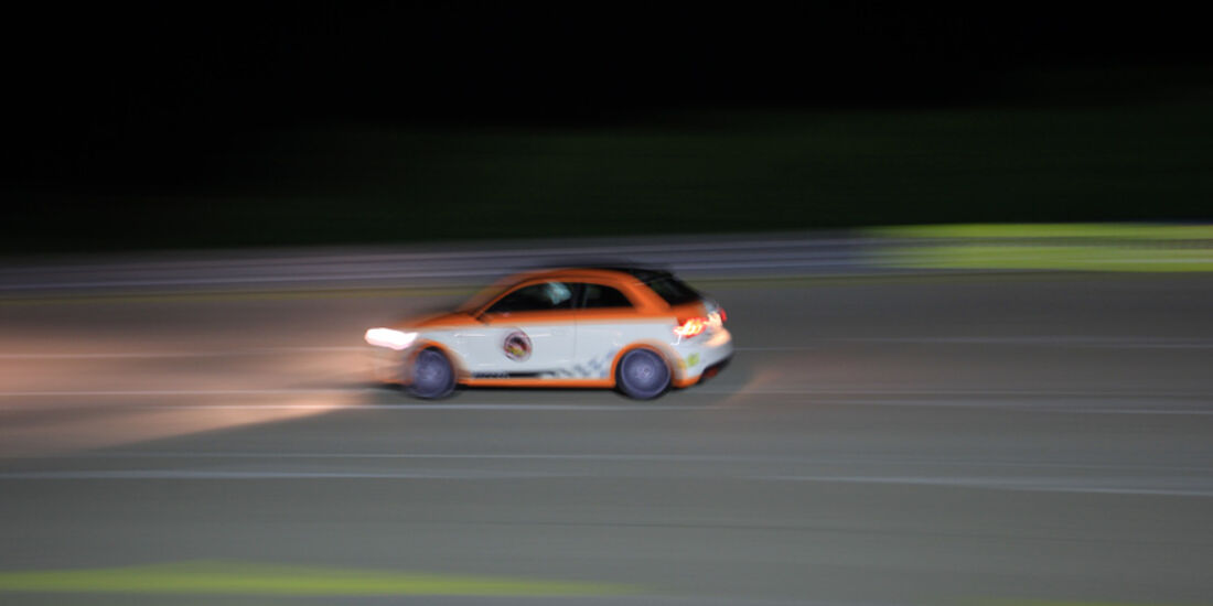 Highspeed-Test, Nardo, ams1511, 391km/h, MTM Audi A1, Seitenansicht, Nacht