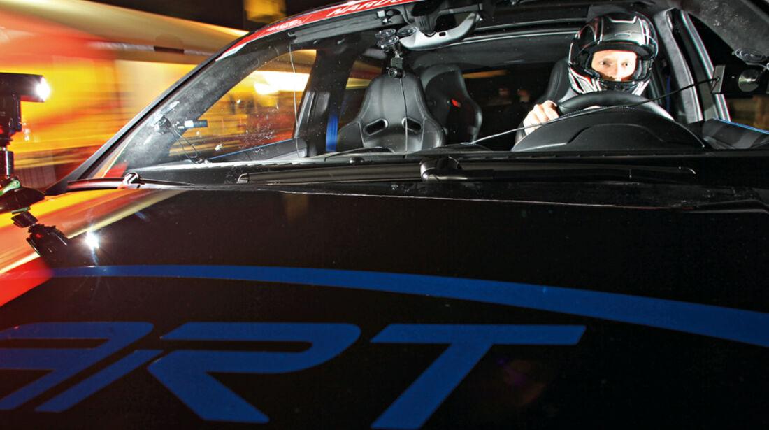 Highspeed-Test, Nardo, ams1511, 391km/h, Speedart Porsche Cayenne Turbo, Motorhaube, Fahrer, Nacht