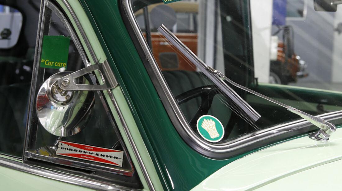 Holden FJ Special Sedan, Windschutzscheibe